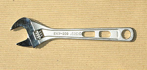 300px-Adjustable_Angle_Wrenches.jpg